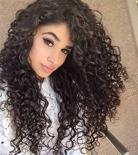 Tight Curls Hairstyles by 1000 Ideas About Tight Curly Hairstyles On