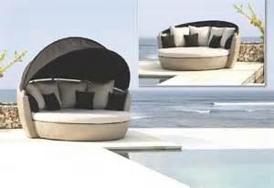 Villa Outdoor Furniture