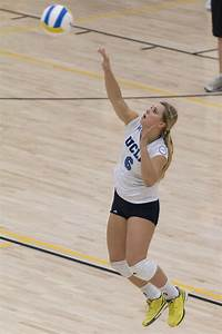 Women's volleyball aims to bridge Brooklyn squad into NCAA ...