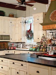 paula deen kitchen accessories kitchen stove in the paula deen house oh all the dishes 4109