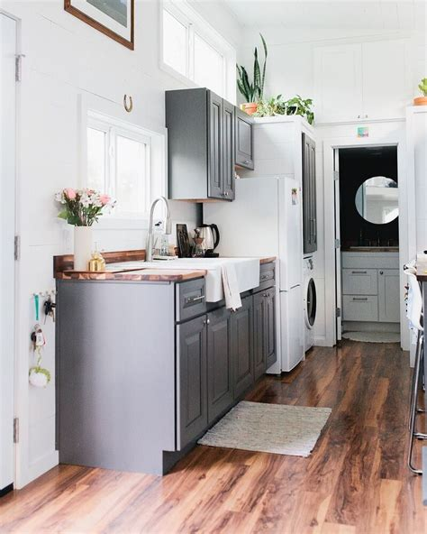 painting ideas how to make your small kitchen look larger