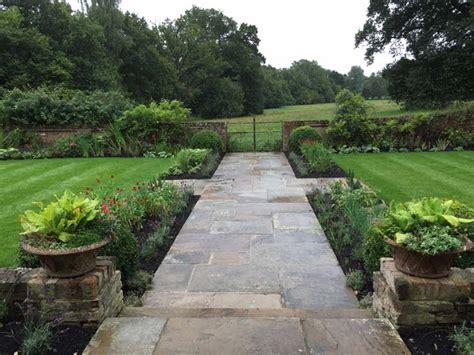 Large Arts & Crafts Garden  Charlotte Murrell Landscape