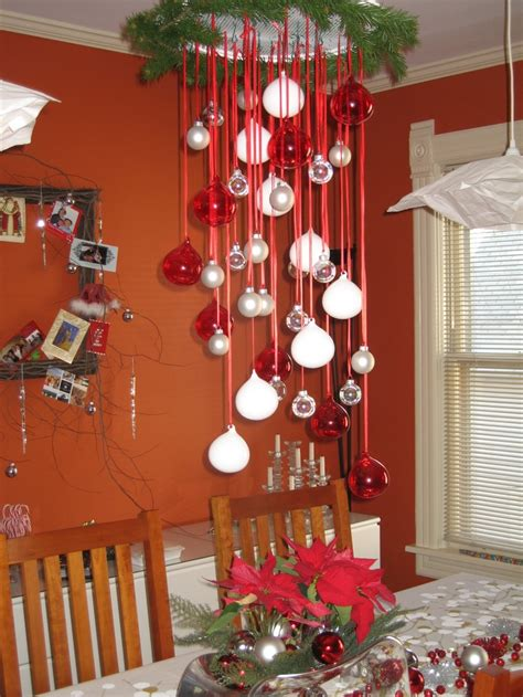 Amazing Hanging Christmas Decorations Ideas