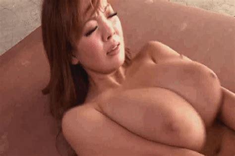 Naked Big Tits Asian Jiggly Boobs Picsegg Com