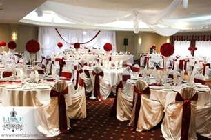 Burgundy Wedding Decoration Ideas by Burgundy And Gold Wedding Table Decorations Photograph Bur