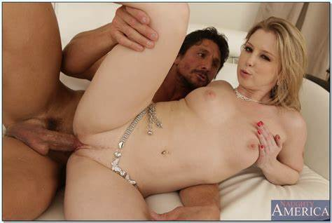 Mandy Takes What Her Roommate Seducing Sunny Lane Parted Twats Free Screwed Xxx Pic Sexopicxxx