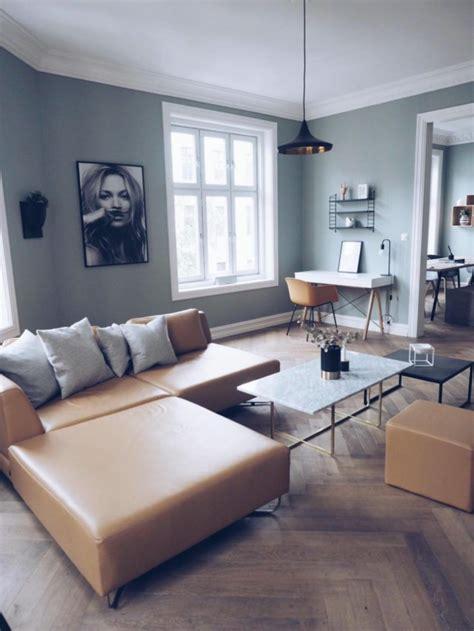 sofa verde de que color las paredes 1001 ideas sobre qu 233 colores se llevan para pintar un