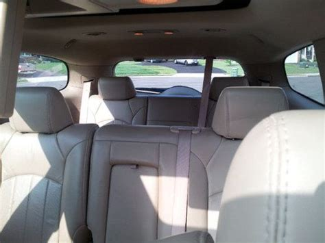 purchase   buick enclave cxl awd dvd nav