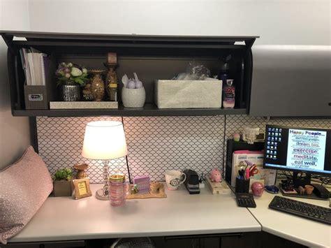 inspiring office cubicle decoration ideas decoomocom