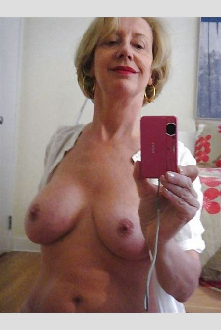 Kirstin Private Pics Selfshot Selfie Amateur Mature Milf Sexy