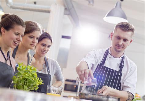 cours de cuisine gratuit prendre des cours de cuisine gratuit 10 idées