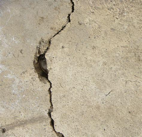 Resultado de imagen de fotos gratis de grieta en el suelo de una casa