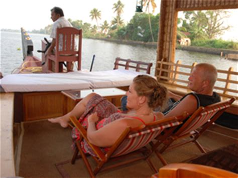Kerala Boat House For Couples by Weekend Kerala Houseboat Weekend Getaways From Bangalore