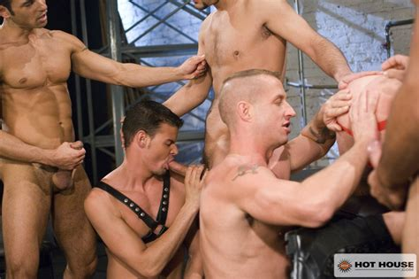 Muscled Hunks Fucking Derrick Hanson Marco Paris Marko