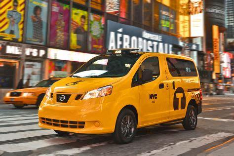 nissan nv taxi barrierefreies yellow cab autobildde