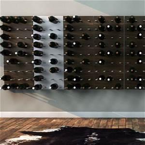 Range Bouteille Mural : recyclez ces vieux skis en rangement pour bouteilles de vin ~ Teatrodelosmanantiales.com Idées de Décoration