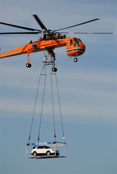 Ford unveils 2011 Explorer at Oshkosh | Helicopters Magazine