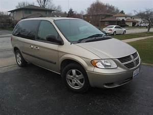 2005 Dodge Caravan - Overview