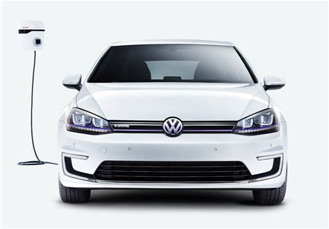 New Volkswagen e-Golf Shown At LA Auto Show -- 35.8 kWh