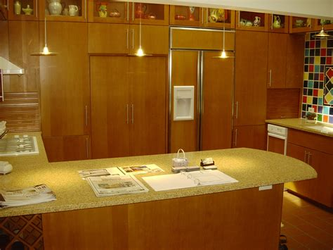 vertical grain fir kitchen cabinets affordable custom cabinets showroom 8804