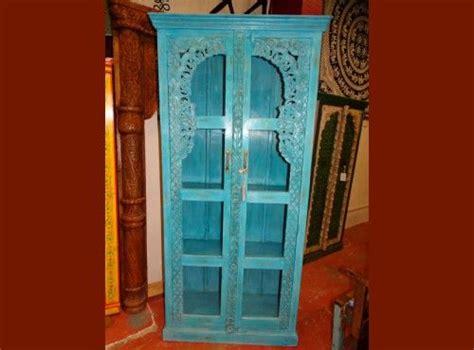 cuisine hindou les 25 meilleures idées concernant armoires turquoises sur