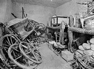 23. Tutankhamun's tomb, innermost coffin - AP Art History