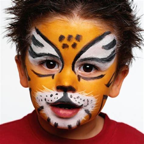 schminke für kinder die besten 25 ausmalbilder fasching ideen auf kinder malvorlagen ausmalbilder