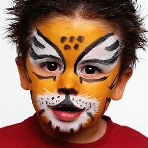 Karneval Gesicht Schminken : die besten 25 tiger schminken ideen auf pinterest kinderschminken tiger professioneller ~ Frokenaadalensverden.com Haus und Dekorationen
