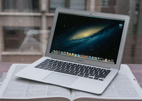 On Macbook Air by Apple Macbook Air 13 Zoll Im Test Kaum Neuerungen Aber