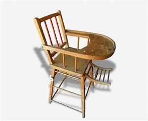 Chaise Haute Bébé Bois : chaise haute b b enfant en bois ancienne bois mat riau ~ Melissatoandfro.com Idées de Décoration