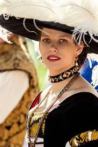 Astrid Bard Age : german saxon cranach collar german clothing german ~ Melissatoandfro.com Idées de Décoration