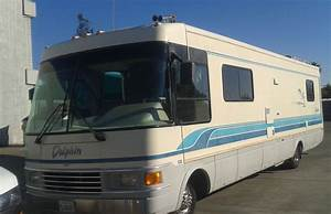 1995 National Dolphin M533 34 Ft