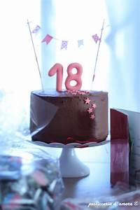 Kuchen 18 Geburtstag : geburtstagstorte1 69 torten in 2019 geburtstagskuchen geburtstag torte und kuchen ~ Frokenaadalensverden.com Haus und Dekorationen