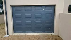 Portillon et porte de garage gris anthracite solabaie le for Porte de garage sectionnelle anthracite
