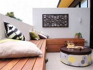 Kleiner Balkon Einrichten : kleiner balkon als erweiterung kleinen wohnzimmer wohnideen einrichten ~ Orissabook.com Haus und Dekorationen