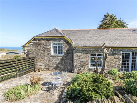 Cottage Tintagel by The Garden Apartment Friendly Cottage In Tintagel