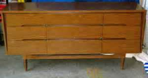 Kroehler Credenza by Friday Find Craigslist The Lovely Lifestyle