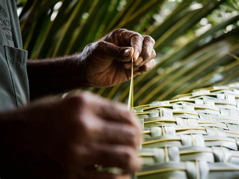 basket weaving tokoriki island resort  fiji