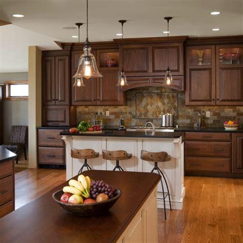 elements  bring  traditional kitchen designs