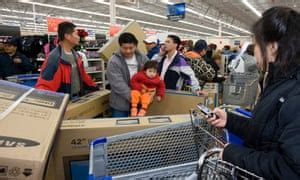 Walmart Checking Accounts Annoy Banks Who Feel Threat