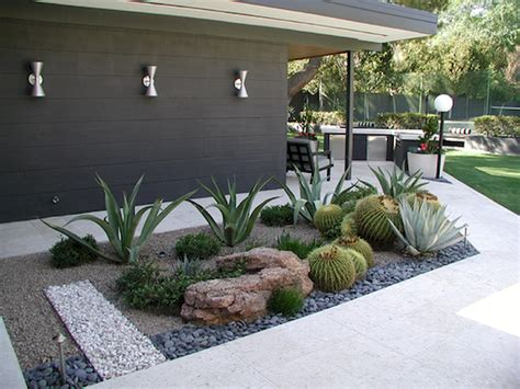 front lawn ideas low maintenance 55 low maintenance front yard landscaping ideas insidecorate com