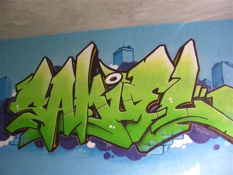 chambre graffiti une idée prénom graffiti sur toile