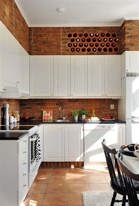 above kitchen cabinet storage ideas modern vagy rusztikus szeletelt t 233 gla a falon d 237 szl 233 c 7392