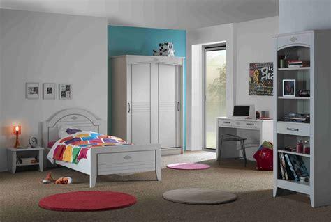 chambre d adulte moderne des meubles blancs pour ma chambre à coucher meubles minet