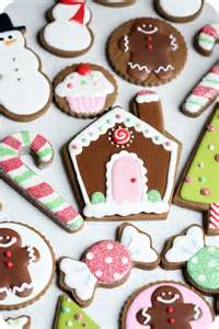staying organized while decorating cookies 10 tips sweetopia