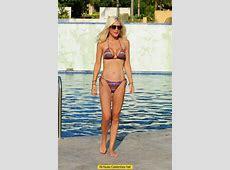 Tori Spelling wardrobe malfunction in bikini