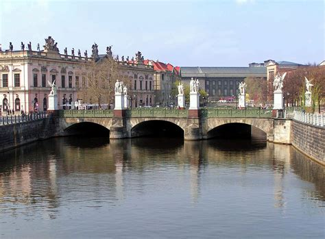 Schloßbrücke (berlin-mitte)