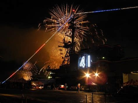 flight deck rochelle fireworks july 4th 2011 fireworks from flight deck picture of uss