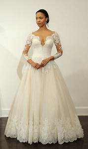 Wedding gowns 2017 with sleeves for Wedding dresses with sleeves 2017