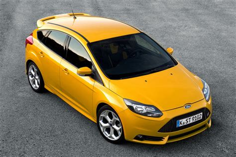 2018 Ford Focus St On Sale In The Uk Priced From 21995
